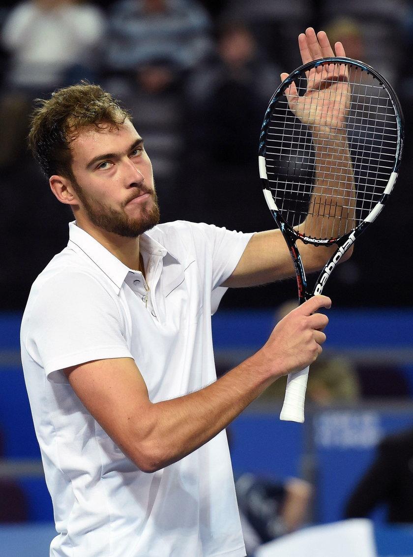 Jerzy Janowicz przegrał z nastolatkiem Michaelem Mmohem w turnieju ATP w Auckland