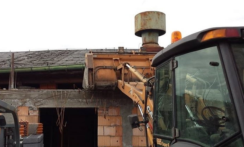 Tragiczny wypadek podczas przy budowie przedszkola.