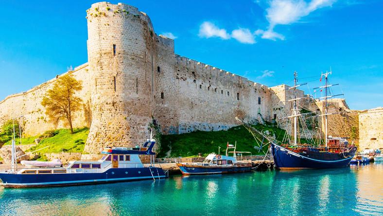 Zamek Kyrenia na Cyprze Północnym, wakacje, podróże, odpoczynek