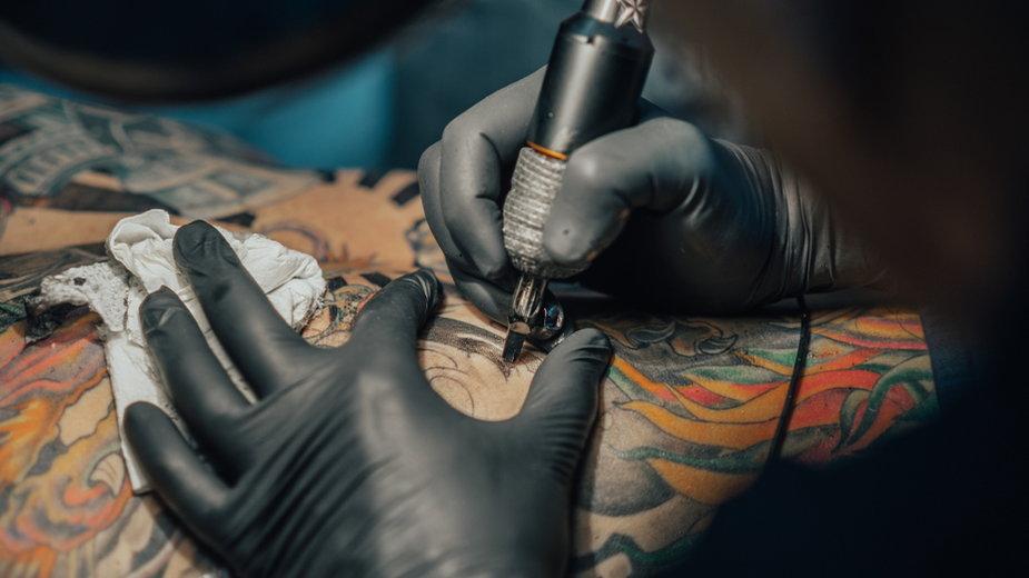 Masz tatuaże i planujesz podróż do Japonii? Lepiej to przeczytaj!