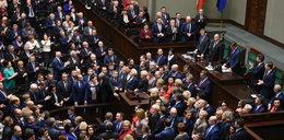 Sondaż Faktu i Radia ZET: kto stracił na awanturze w Sejmie? Polacy nie mieli litości