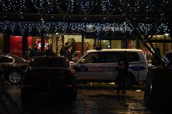 Policija se nakon pucnjave dala u poteru za napadačem