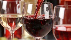 Turyści nie chcieli zapłacić za wino, więc trafili do aresztu