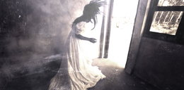 Duch w starym domu zaatakował dzieci. Uciekły, ale potem wróciły