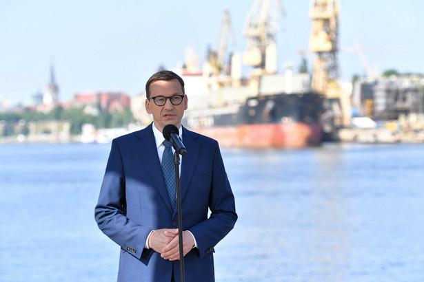 Premier Mateusz Morawiecki podczas wizyty w Porcie Szczecin