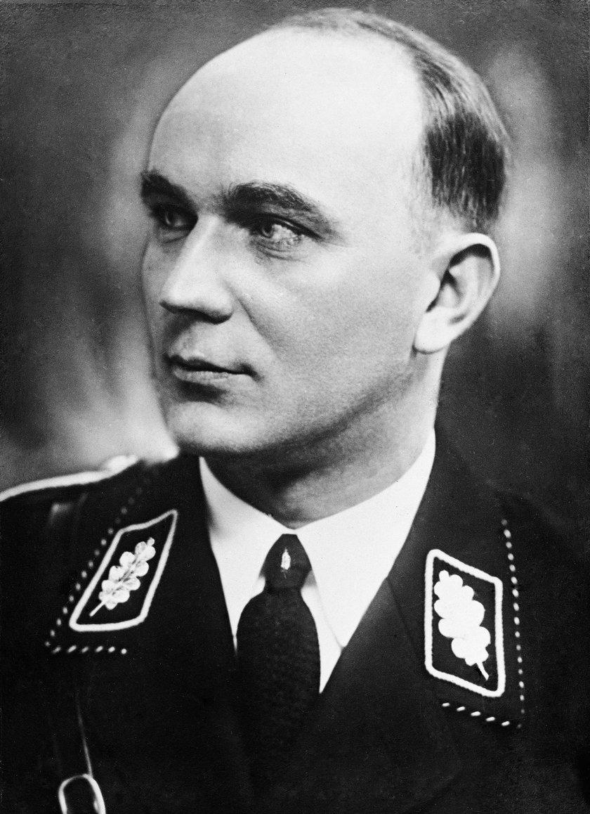 Greiser po wojnie uciekł z Polski, został jednak aresztowany przez amerykańskie wojsko