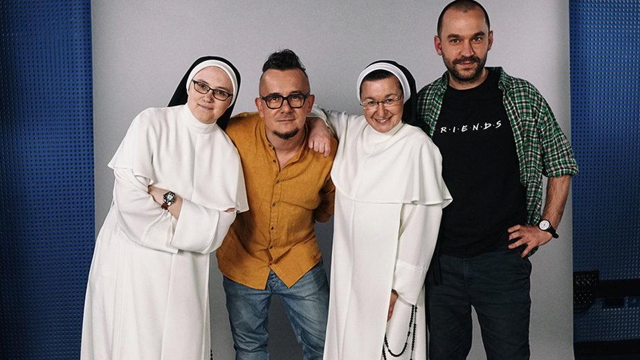Siostry z autorami książki o Domu Chłopaków, fot. D. Kobucki/Studio Inigo