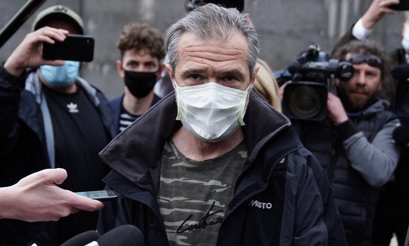 Sławomir Nowak tuż po wyjściu z aresztu