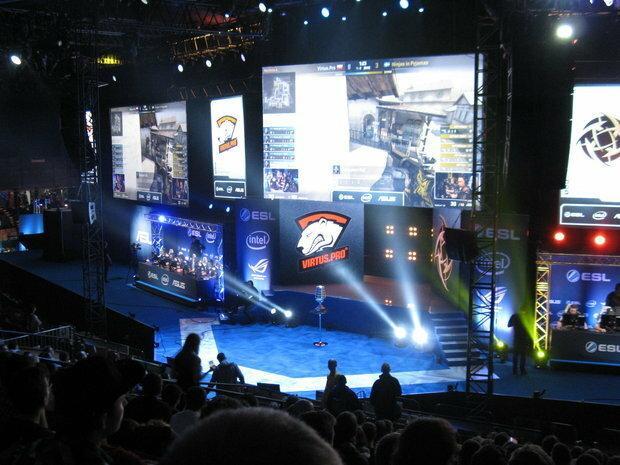 Virtus.Pro - jedna z najlepszych e-sportowych drużyn świata z Polakami w składzie