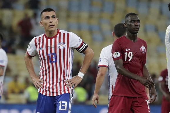 Fudbaleri Paragvaja i Katara
