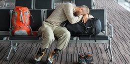 Opóźniony lub odwołany lot w wakacje? Można otrzymać bezpłatną pomoc