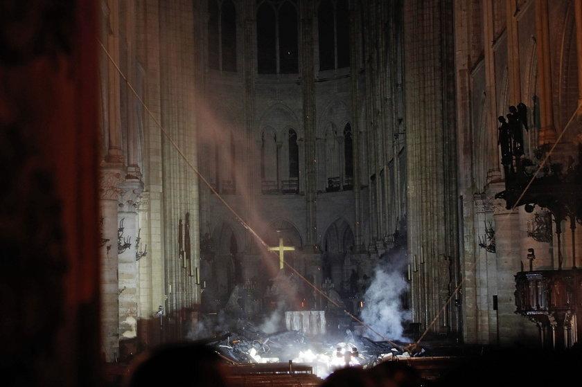 Francja: Pożar katedry Notre Dame w Paryżu. Ocalała polska kaplica