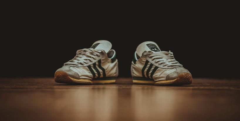 Co sezon kupujesz nowe ciuchy i buty? Sprawdzamy wpływ fast fashion na środowisko