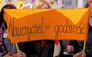 Nauczyciele z Warszawskiego Międzyszkolnego Komitetu Strajkowego będą nadal strajkować