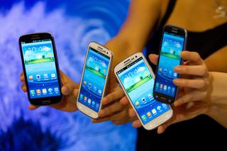 Samsung znów wyprzedził Nokię i Apple na rynku telefonów komórkowych
