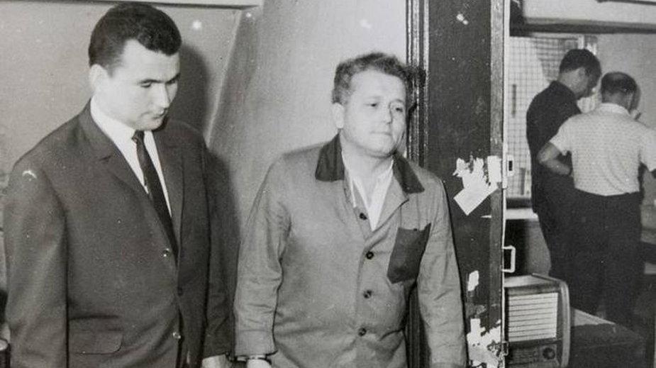 Z prawej: Bogdan Arnold. Zdjęcia z wizji lokalnej z akt sprawy