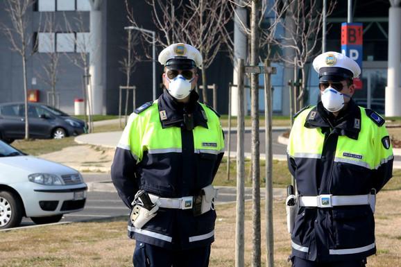 Policija patrolira na granicama