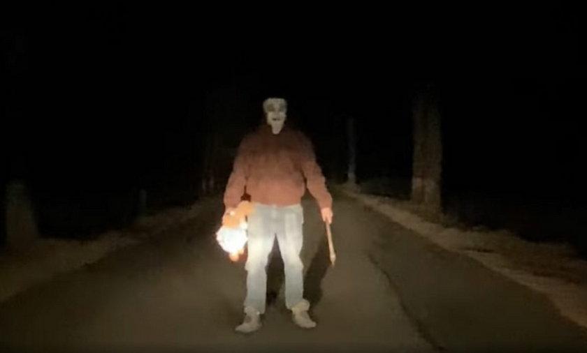 Przerażające nagranie z okolic Knurowa. Ktoś straszy kierowców?