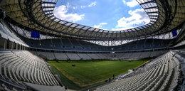 Oto stadion w Rosji zbudowany na mistrzostwa. Wstyd!