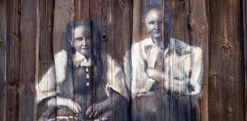Niezwykłe dzieło na deskach stodoły
