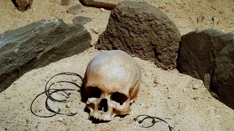 Datowanie węgla szczątki ludzkie