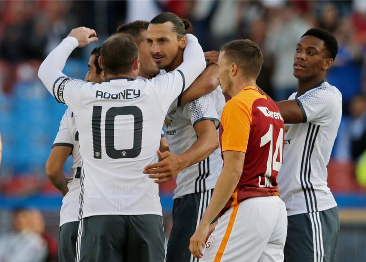 Zlatan Ibrahimović, FK Mančester junajted