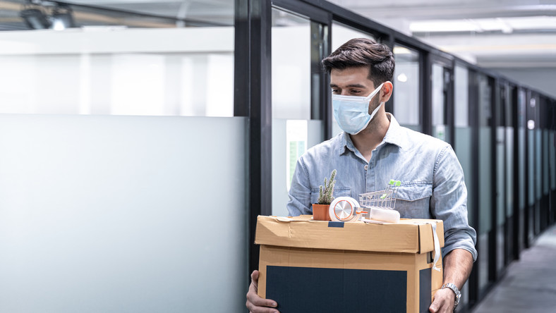 Zwolnienie z pracy w czasie pandemii