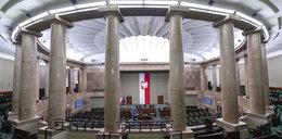 Koniec zamieszania z akredytacjami! Fotoreporter Faktu jednak wejdzie na obrady Sejmu