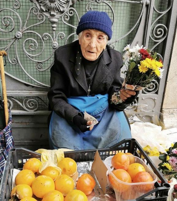 Ima 98 godina, a i dalje se oseća kao devojčica
