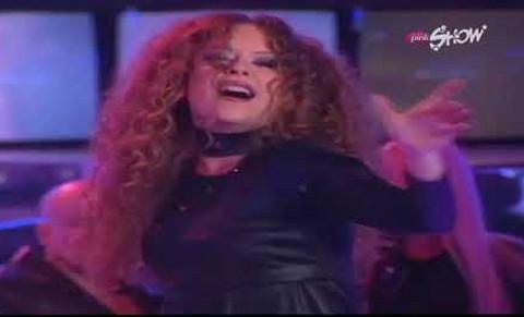 Predviđali su joj sjajnu karijeru, ona se opirala novom trendu: Pevačica se povukla sa javne scene, evo kako danas izgleda! FOTO