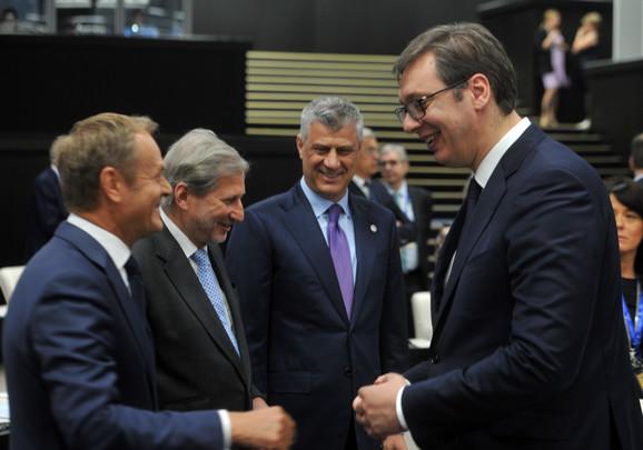 Donald Tusk, Johanes Han, Hašim Tači i Aleksandar Vučić