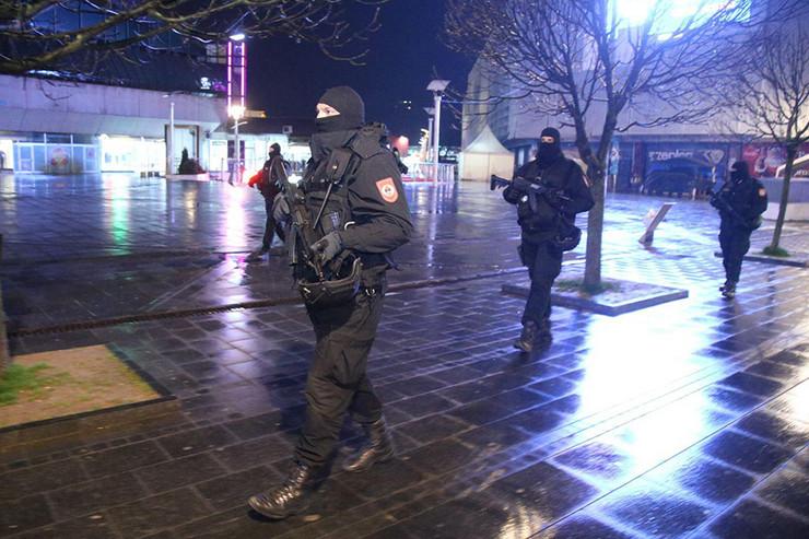 Policija - policijski čas - Banjaluka - korona virus