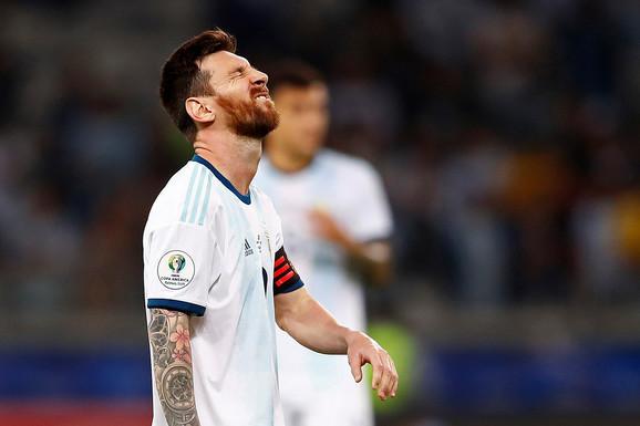 """KOŠMAR ARGENTINE TRAJE! """"Gaučosi"""" SPASAVALI ŽIVU GLAVU protiv Paragvaja, Mesi doneo bod iz penala"""