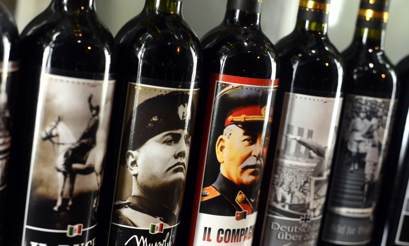 Politycy na etykietach alkoholi