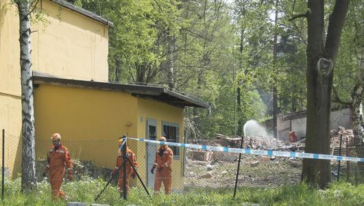 Zwłoki ofiar wybuchu w fabryce prochu w Mąkolnie błędnie opisane
