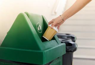 Choć opłatę za śmieci można wyliczyć bardziej elastycznie, wybór metody może okazać się trudniejszy