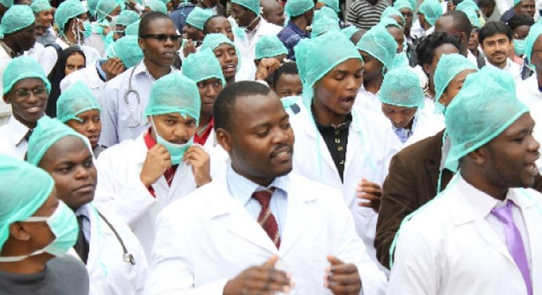 Unpaid salaries: Resident doctors threaten to embark on indefinite strike from April 1. (Premium Times)