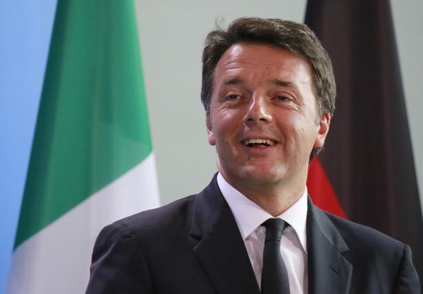 Renzi sam stał na czele rządu przez prawie trzy lata, ale ustąpił w grudniu zeszłego roku po przegranym referendum konstytucyjnym.