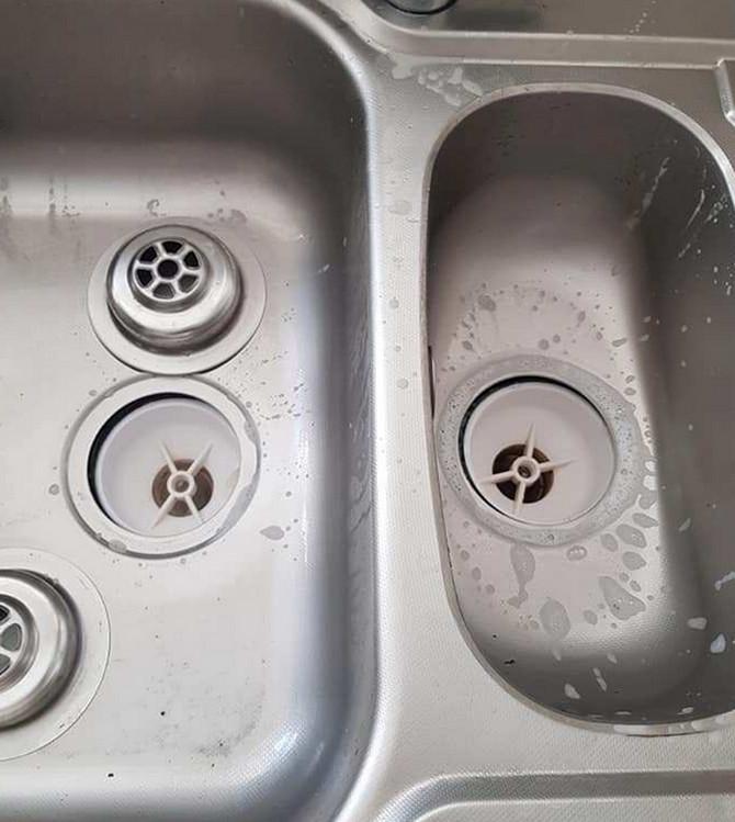 Nasilno je otvorila sudoperu, a onda se otvorio pakao