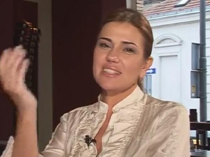 Branka Nevistić danas ima 49 godina: Prošetala je danas Beogradom, pokazala kako IZGLEDA, ali i da sme da obuče OVO!