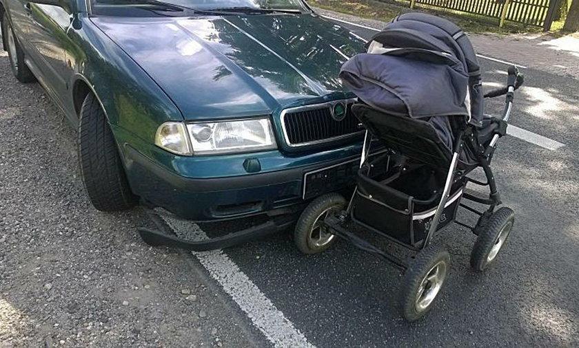 Kierowca wjechał w matkę z niemowlakiem