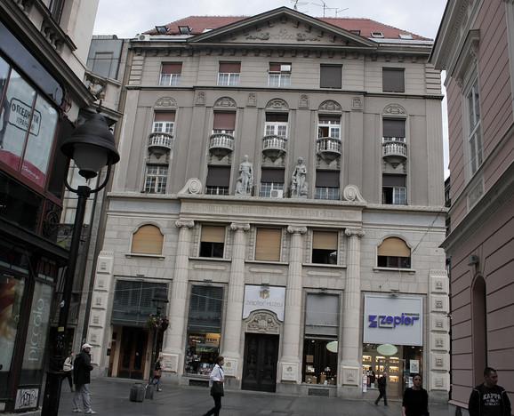 Zgrada hrvatske štedionice u Knezu