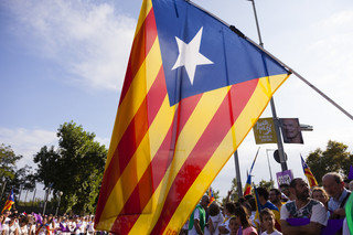 Madryt zapowiedział przywrócenie autonomii Katalonii. Pod jednym warunkiem