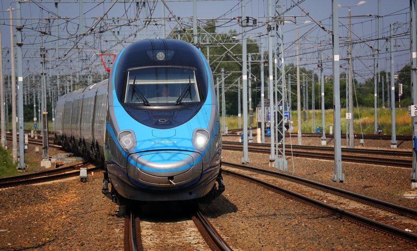 Pociągiem z Krakowa do Warszawy nawet o 100 minut dłużej
