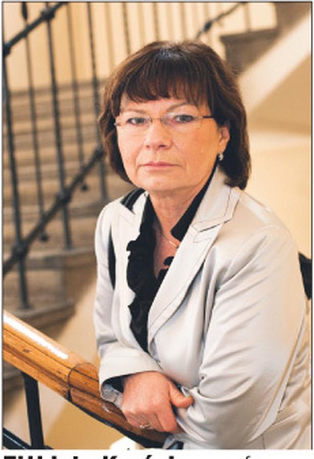 Elżbieta Kryńska, profesor, pracuje na Uniwersytecie Łódzkim i w Instytucie Pracy i Spraw Socjalnych Fot. Marek Matusiak
