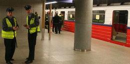 Warszawa: Dwulatek wpadł pod metro!