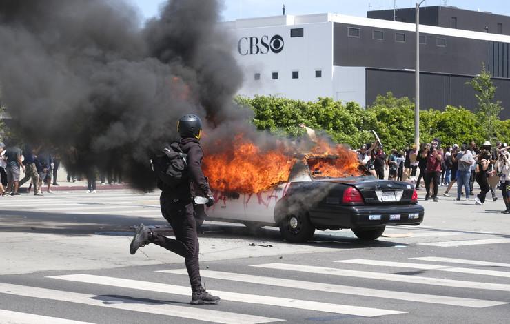 Los Anđeles, protest, Flojd