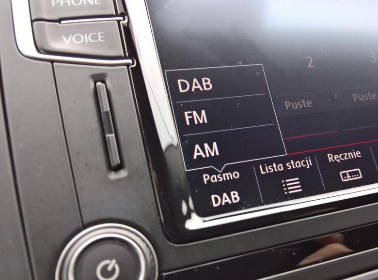 Wybór pracy odbiornika radiowego - DAB+