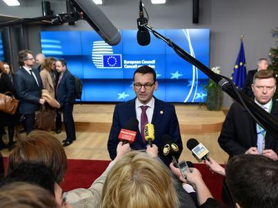 Mateusz Morawiecki, po raz pierwszy w roli premiera, bierze udział w szczycie Rady Europejskiej