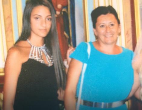 Nikolina sa majkom Slavicom